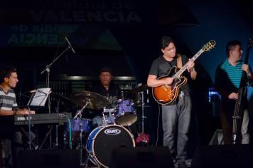 Tocado en el Aniversario de Valencia, Venezuela (2015)